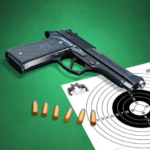 Pistol shooting at the target.  Weapon simulator 4.5 (MOD, Unlimited Money)